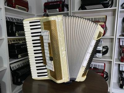 Особенности аккордеонов